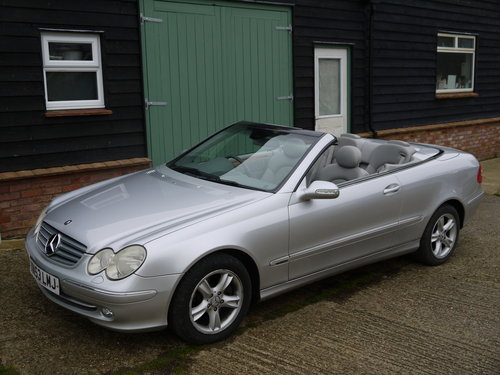2003 MERCEDES BENZ CLK320 CABRIOLET - GREAT VALUE !! SOLD (picture 2 of 6)