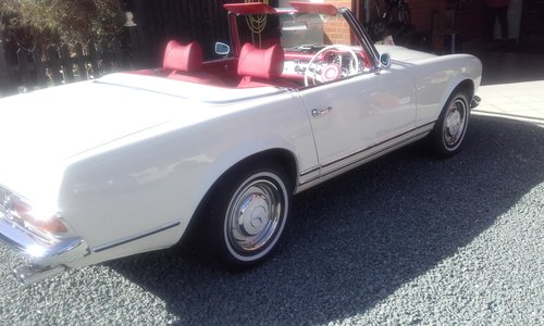 1966 mercedes pagoda nut bolt restoration For Sale (picture 1 of 6)