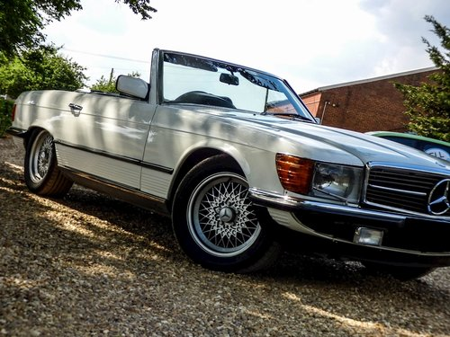 1984 500 SL Auto 5.0 2dr Convertible Petrol For Sale (picture 4 of 6)