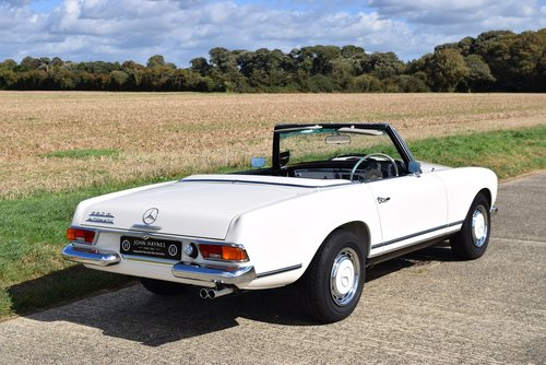1968 Mercedes-Benz 280SL/8 Pagoda For Sale (picture 5 of 6)