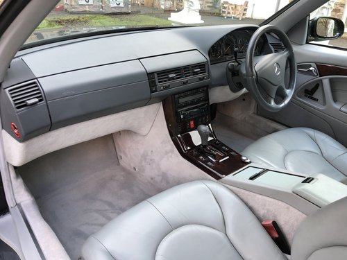 1998 ICONIC MERCEDES BENZ SL500 R129 FACELIFT MODEL not sl320 sl2 For Sale (picture 6 of 6)