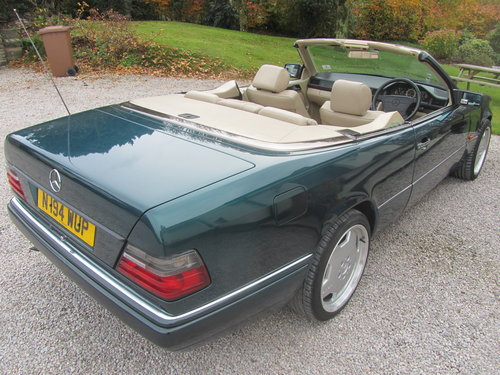 1995 Mercedes E220 Convertible 2.2 ltr W124 Series For Sale (picture 3 of 6)