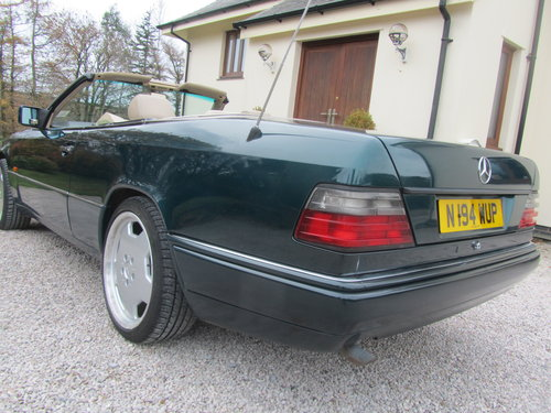 1995 Mercedes E220 Convertible 2.2 ltr W124 Series For Sale (picture 4 of 6)