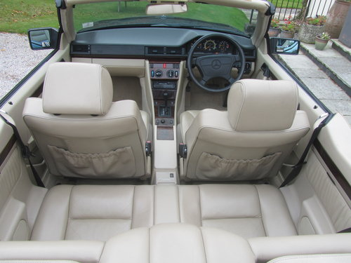 1995 Mercedes E220 Convertible 2.2 ltr W124 Series For Sale (picture 6 of 6)