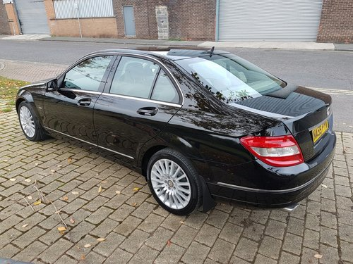 2009  MERCEDES C220 CDI ELEGANCE – 2 LADY OWNERS – 64000 MILES  SOLD (picture 4 of 5)