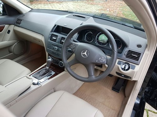 2009  MERCEDES C220 CDI ELEGANCE – 2 LADY OWNERS – 64000 MILES  SOLD (picture 5 of 5)