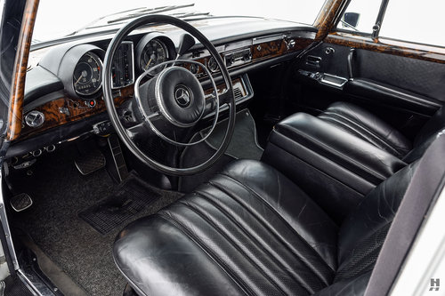 1972 MERCEDES-BENZ 600 SEDAN SOLD (picture 3 of 6)
