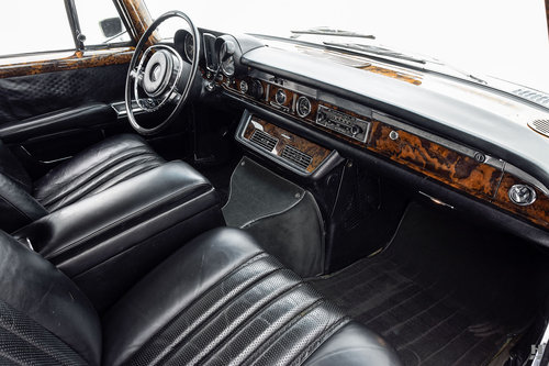 1972 MERCEDES-BENZ 600 SEDAN SOLD (picture 6 of 6)