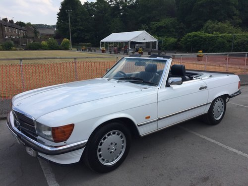 1987 MERCEDES 300SL SPORTS W107 SOLD (picture 2 of 6)