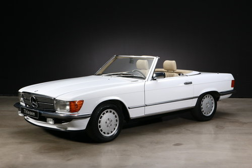 1986 Mercedes-Benz R107 300 SL Roadster For Sale (picture 1 of 6)
