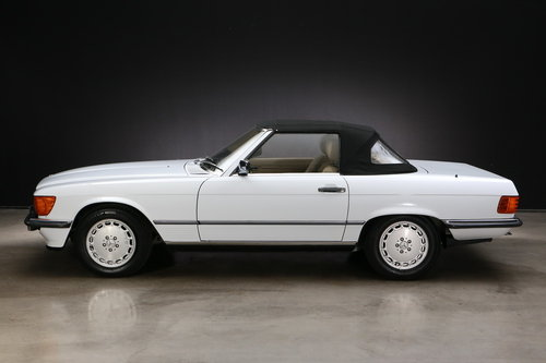 1986 Mercedes-Benz R107 300 SL Roadster For Sale (picture 3 of 6)