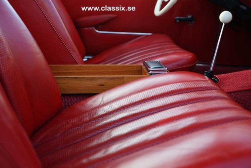 1965 Mercedes 230 SL with 57.000km from new.  For Sale (picture 3 of 6)