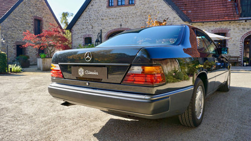 1991 Mercedes Benz 300CE Coupe For Sale (picture 4 of 6)