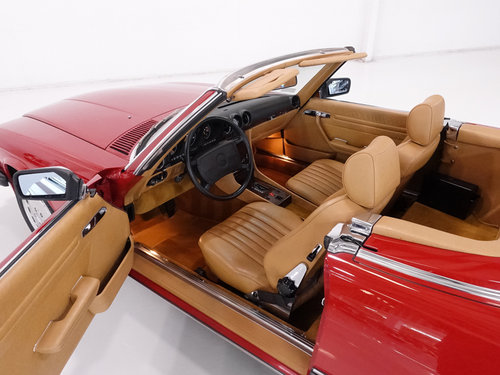 1987 Mercedes-Benz 560SL Roadster For Sale (picture 4 of 6)