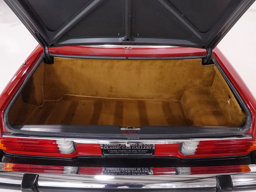 1987 Mercedes-Benz 560SL Roadster For Sale (picture 5 of 6)