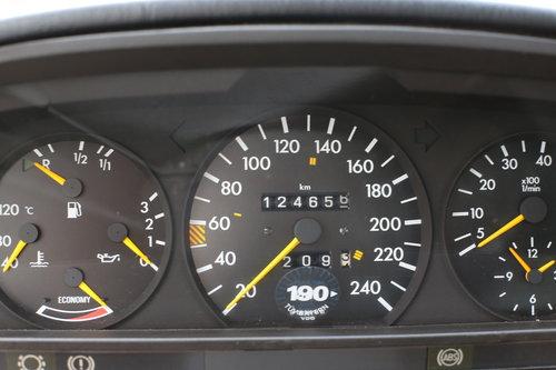 1982 vollstaendige Spezifikation eines Mercedes Benz W126 500 SEL For Sale (picture 5 of 6)