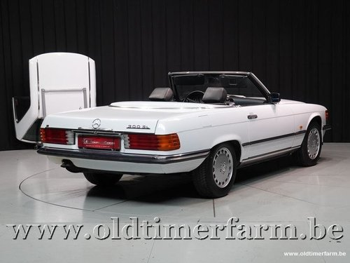 1989 Mercedes-Benz 300SL R107 '89 For Sale (picture 2 of 6)