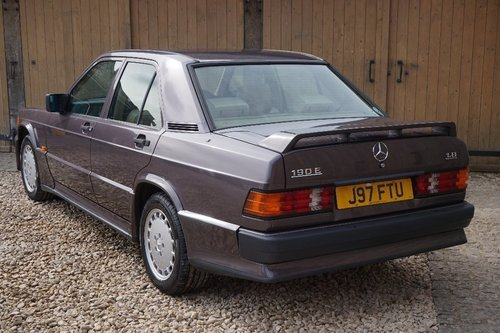 1992 Mercedes-Benz 190 1.8 E 4dr COSWORTH BODYKIT For Sale (picture 3 of 6)