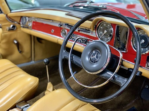 1966 Mercedes 230 SL - UK Matching Numbers - Stunning Restoration For Sale (picture 5 of 6)