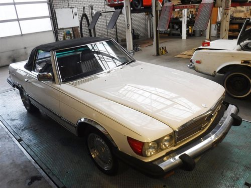 1981 Mercedes 380SL For Sale (picture 2 of 6)