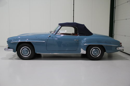 1960 Mercedes Benz 190 SL Restored Right Hand Drive For Sale (picture 3 of 6)