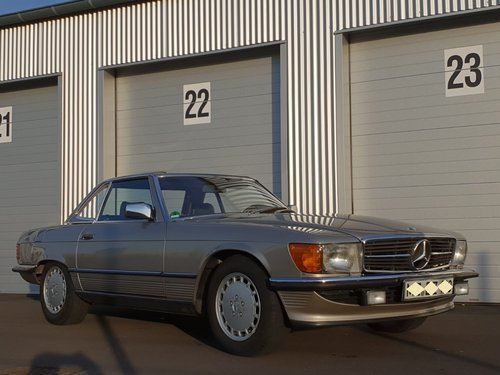 1987 Mercedes Benz 300SL R107 beautiful in shape For Sale (picture 2 of 6)