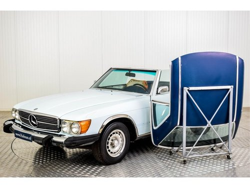 1973 Mercedes-Benz V8 450 SL Roadster For Sale (picture 3 of 6)