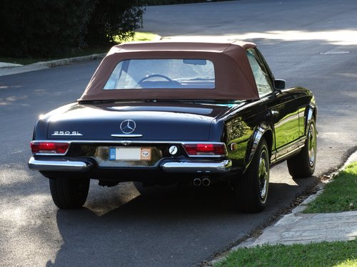 1968 Mercedes 250 SL, Dark Maroon, fully serviced SOLD (picture 2 of 6)