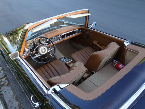 1968 Mercedes 250 SL, Dark Maroon, fully serviced SOLD (picture 3 of 6)