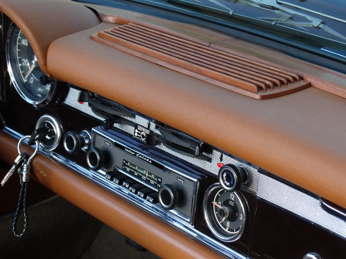 1968 Mercedes 250 SL, Dark Maroon, fully serviced SOLD (picture 4 of 6)