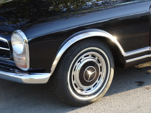1968 Mercedes 250 SL, Dark Maroon, fully serviced SOLD (picture 6 of 6)