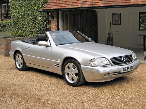 1999 Mercedes Benz SL320 R129 Facelift With Just 19,000 From New For Sale (picture 1 of 6)