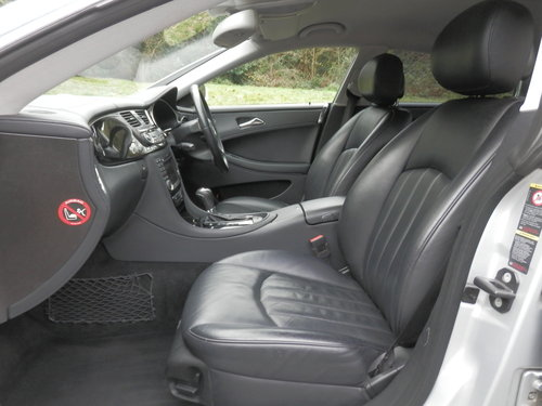 2006 Mercedes CLS 320 CDi.. Low Miles.. FSH.. Bargain..  SOLD (picture 3 of 6)