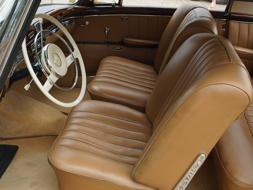 1960 Mercedes Benz 220SE Ponton coupe For Sale (picture 3 of 6)