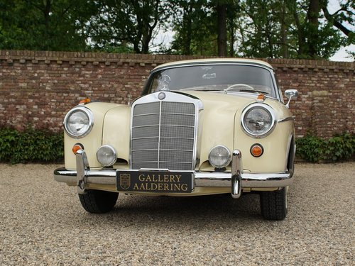 1960 Mercedes Benz 220SE Ponton coupe For Sale (picture 5 of 6)