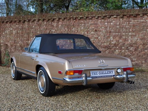 1971 Mercedes Benz 280SL Pagode automatic, with only 80.0053 Mls. For Sale (picture 2 of 6)