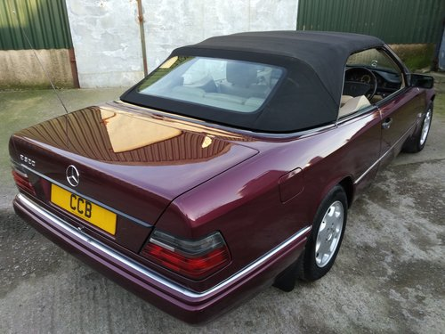 Mercedes E320 Sportline Cabriolet 3.2 litre 6 Cyl 1996N For Sale (picture 2 of 6)