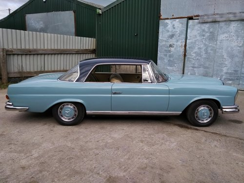 Mercedes 220SEb Coupe 2.2 litre 6 Cyl – 1965C For Sale (picture 3 of 6)