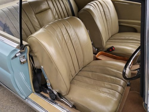 Mercedes 220SEb Coupe 2.2 litre 6 Cyl – 1965C For Sale (picture 4 of 6)