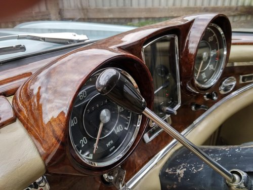 Mercedes 220SEb Coupe 2.2 litre 6 Cyl – 1965C For Sale (picture 5 of 6)