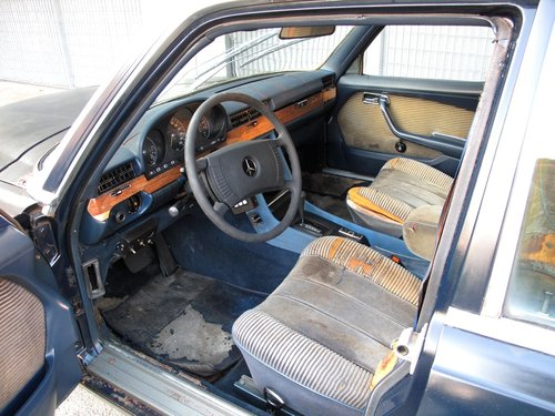 1976 Mercedes 450 SEL 6.9 ARMORED BULLET PROOF For Sale (picture 5 of 6)