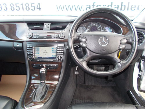 2007 Mercedes-Benz CLS 320 CDi Auto 2 Owners from New !! For Sale (picture 5 of 6)