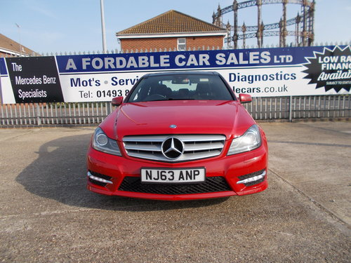 2013 Mercedes-Benz C220 CDi AMG Sport Plus. VeryLow Miles. For Sale (picture 3 of 6)