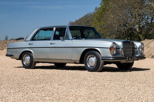 1971 Mercedes 300SEL 3.5 V8 W109 For Sale (picture 1 of 6)