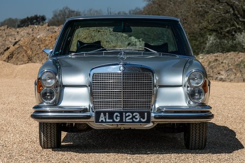 1971 Mercedes 300SEL 3.5 V8 W109 For Sale (picture 2 of 6)