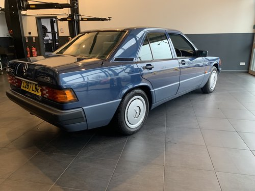 1994 Mercedes 190E 2.6 (ONE OWNER 28661 MILES FROM NEW) SOLD (picture 2 of 6)