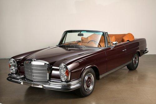 1970 Restored Mercedes 280 SE 3.5 Cabriolet For Sale (picture 1 of 6)