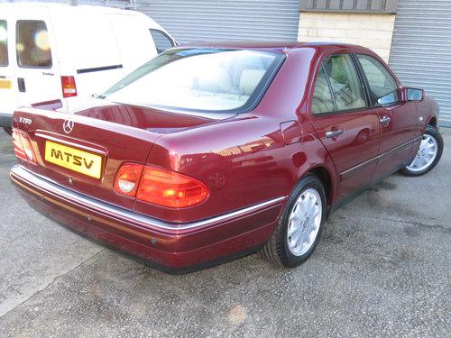 1999 Mercedes W210 E280 V6 Elegance - 19K - FSH - Simply Pristine SOLD (picture 3 of 6)