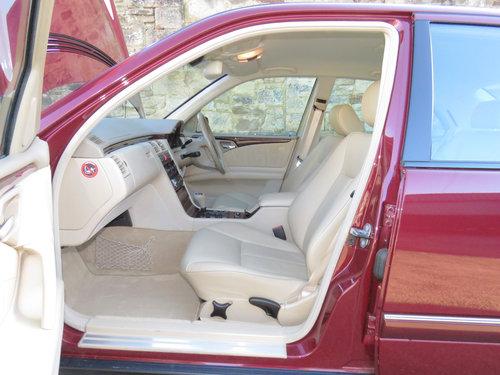 1999 Mercedes W210 E280 V6 Elegance - 19K - FSH - Simply Pristine SOLD (picture 5 of 6)