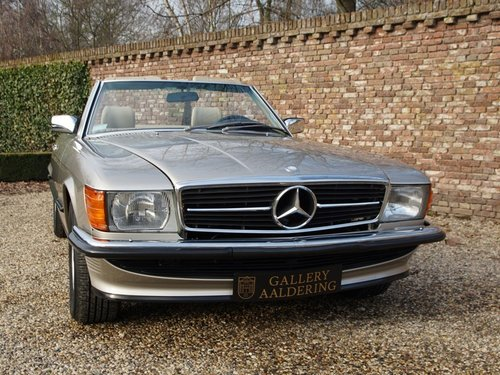 1988 Mercedes Benz 560SL W107 only 55.258 miles, SUPERB CONDITION For Sale (picture 6 of 6)